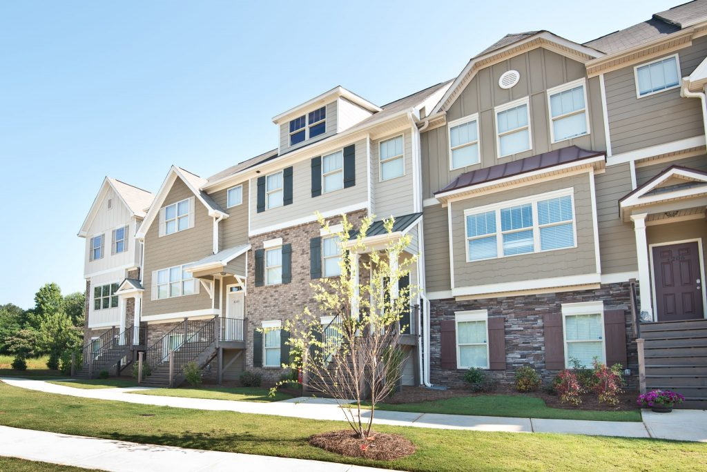 The attached homes in Enclave at Powder Springs