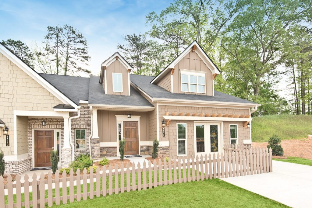 Attached homes in Villas at Hickory Grove