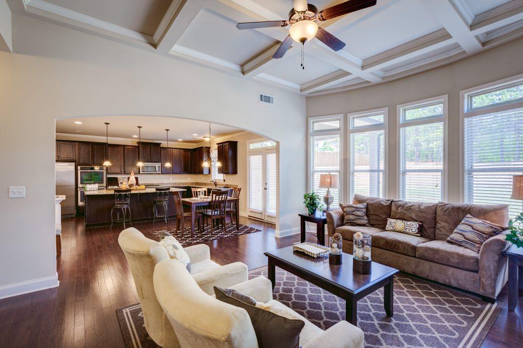 a Living room in RiverSprings