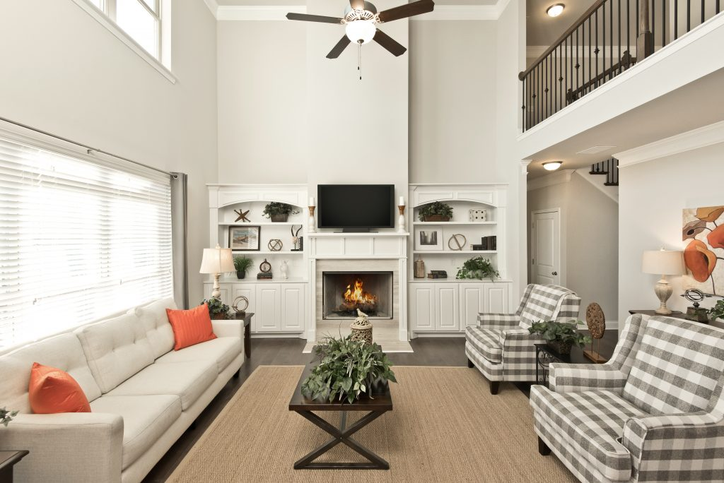 Built-in fireplace style in Overlook