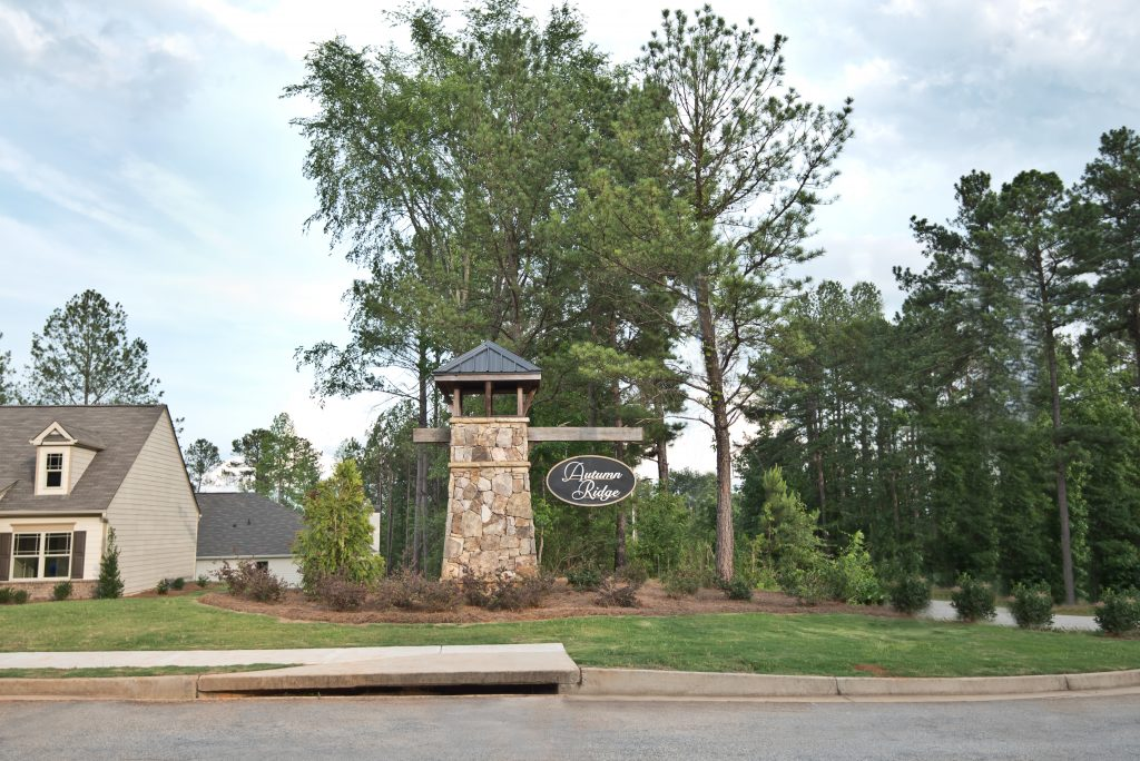 Autumn Ridge Community Signage