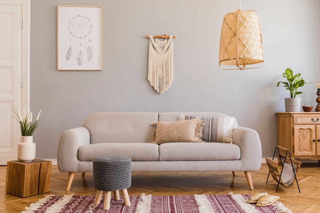 bohemian style couch followtheflow © 123rf