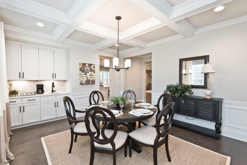 signature series dining room
